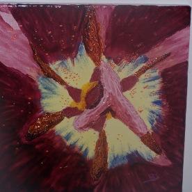 Coeur de tulipe n°2 30x30 vitrail sur toile 0715 création originale