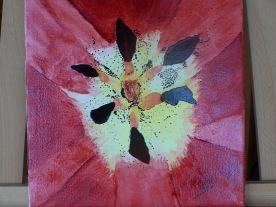 Coeur de tulipe n°3 30X30 vitrail sur toile coton 0116 creation originale